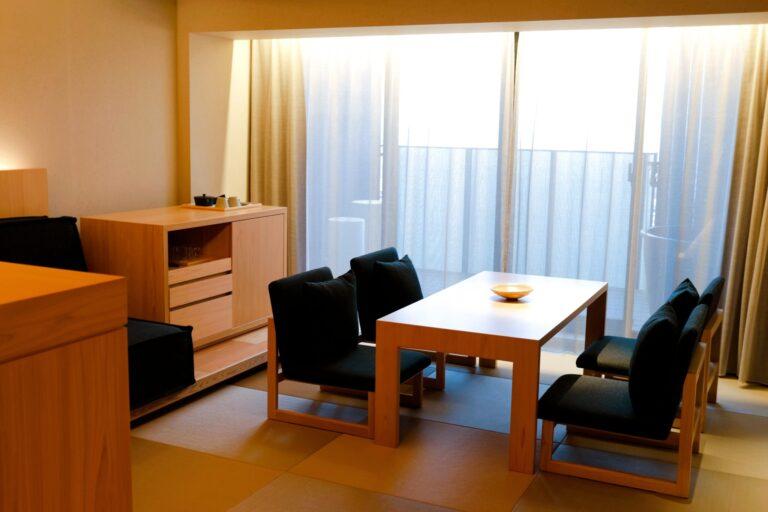 「素空間」をテーマに、アーティゾン美術館などを手がけてきたTONERICO:INCが客室インテリアデザインを担当。
