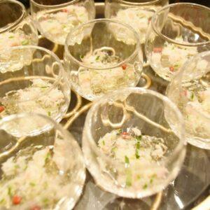 「トマトコンソメゼリー 蟹肉&キューカンバーのサラダ」。