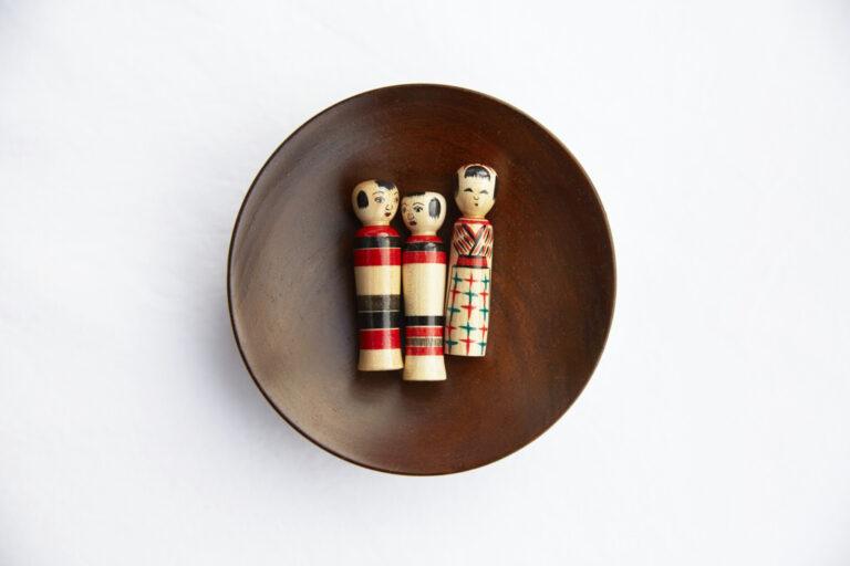 かわいい豆こけし(各1,500円)。