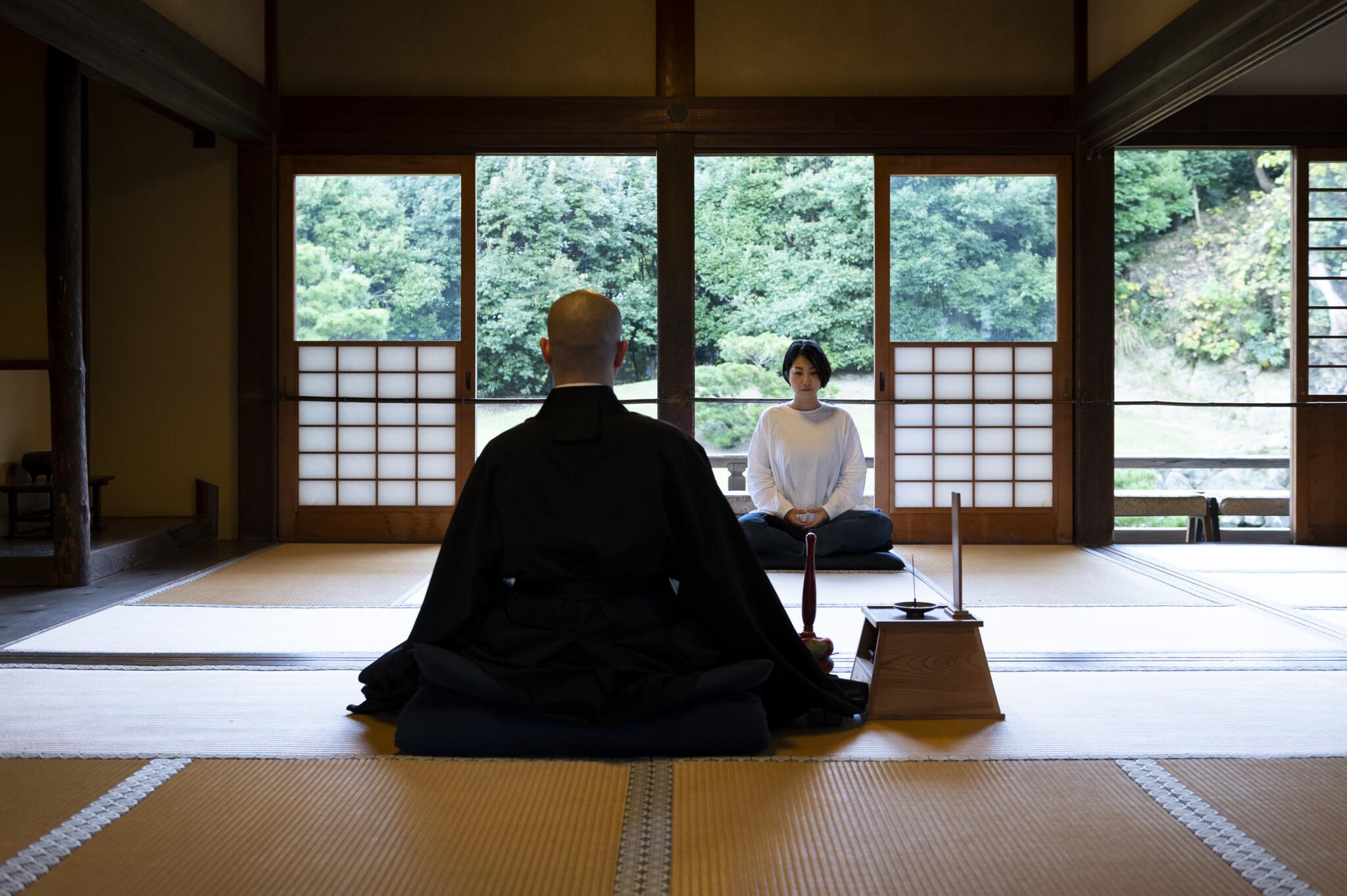 【鎌倉】お寺で体験したい4つのこと。自分を見つめ直し、心も体もリラックスしよう。/写仏・坐禅・御詠歌・写経