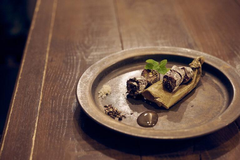 「パルミジャーノレジャーノのチョコレートサラミ」1,000円