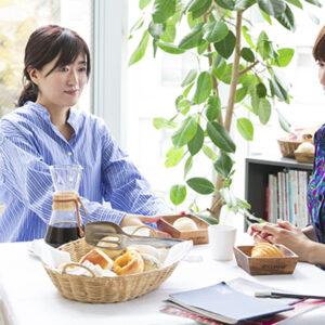 """冷凍パン「Pan&(パンド)」と人気モデル・ヨンアさん、""""理想のパン""""を作るプロジェクトが始動!"""