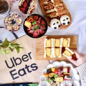 今回はほかにもハナコラボ関西パートナーの米田茜さん、浦島理恵さんも「Uber Eats」でのホームパーティを楽しんだ。