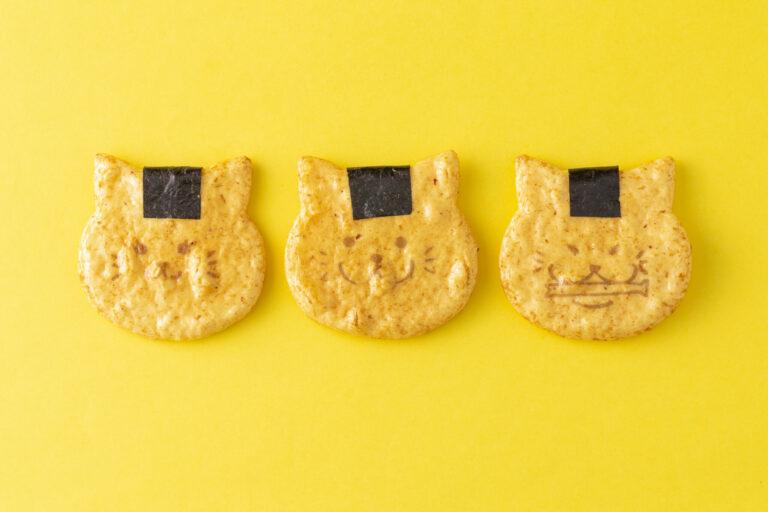 〈富士見堂〉「ねこせんべい」3枚セット648円。※エキュート日暮里限定。