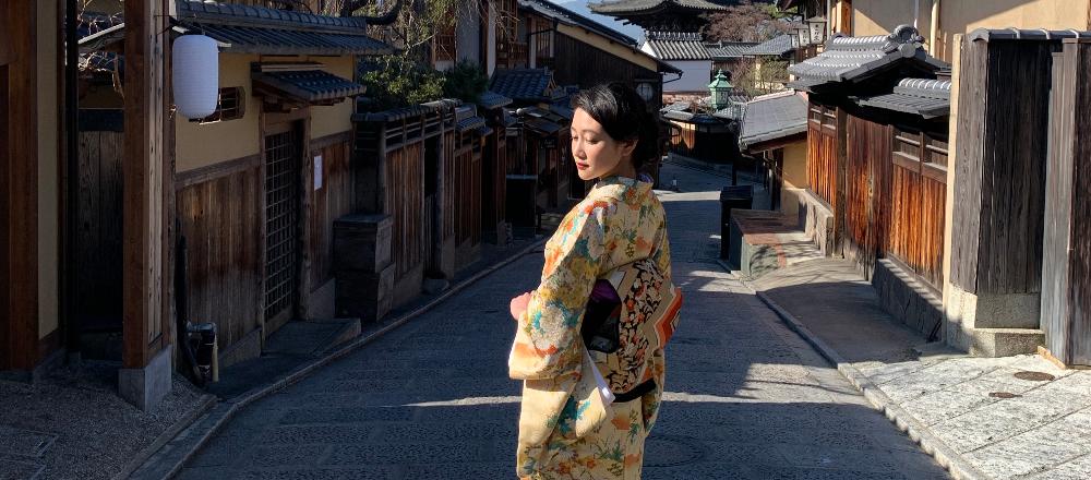 【京都】縁結びの神様がいる〈地主神社〉へ。話題のパフェ専門店に寄り道も。