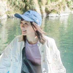 『滝の下まで近づけるボートでリフレッシュ!』
