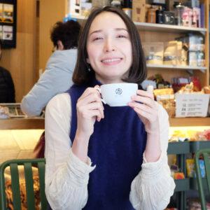 電気屋さん?コーヒー屋さん?春日町〈志村電機 珈琲焙煎所〉でカスタマイズ焙煎。/Alice in Cafeland
