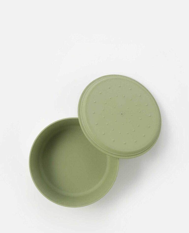 フタは取り皿や容器の受け皿としても使えます。
