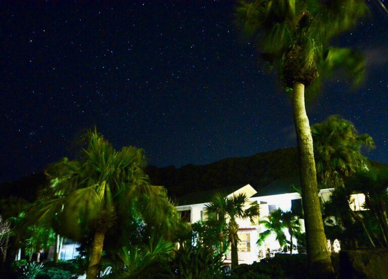 夜は星空観察を。