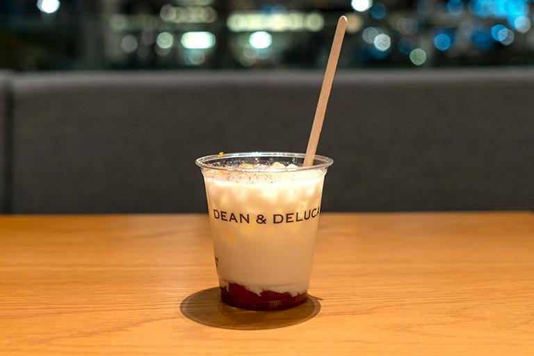 丸の内 DEAN & DELUCA カフェ丸の内