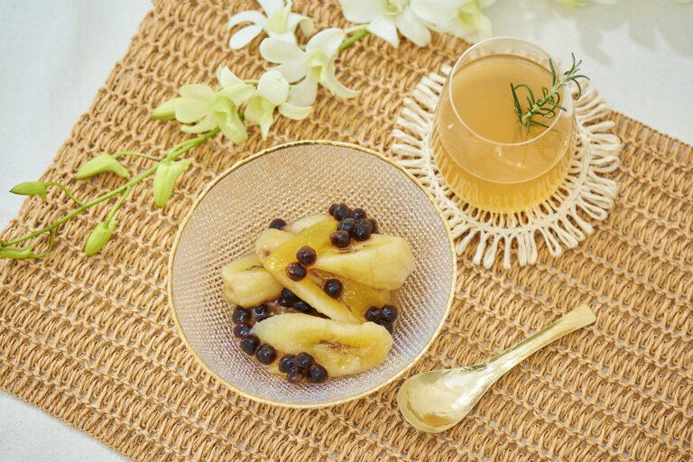 ジンジャーティーと一緒に。ピリッと辛口の生姜が甘いミナタミスナサギンのアクセントに。コーヒーもおすすめです。