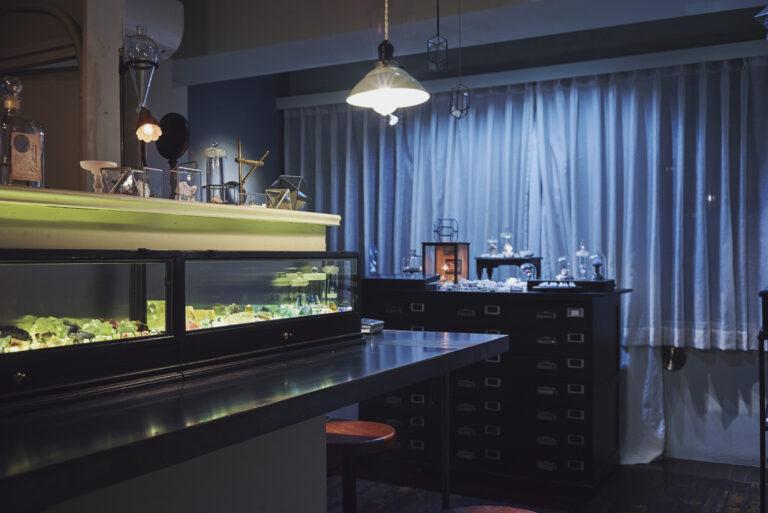 〈鉱物Bar by 鉱物アソビ〉