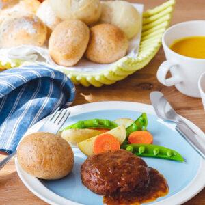 朝ごはんが楽しくなる「Pan&(パンド)」の世界。 理想の朝ごはんはどんなメニューがいいですか?