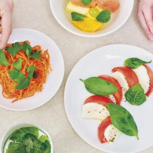 ドイツ生まれのサステナブルな野菜〈Infarm〉が日本上陸!レストランにファームを持てる次世代モデルに注目。