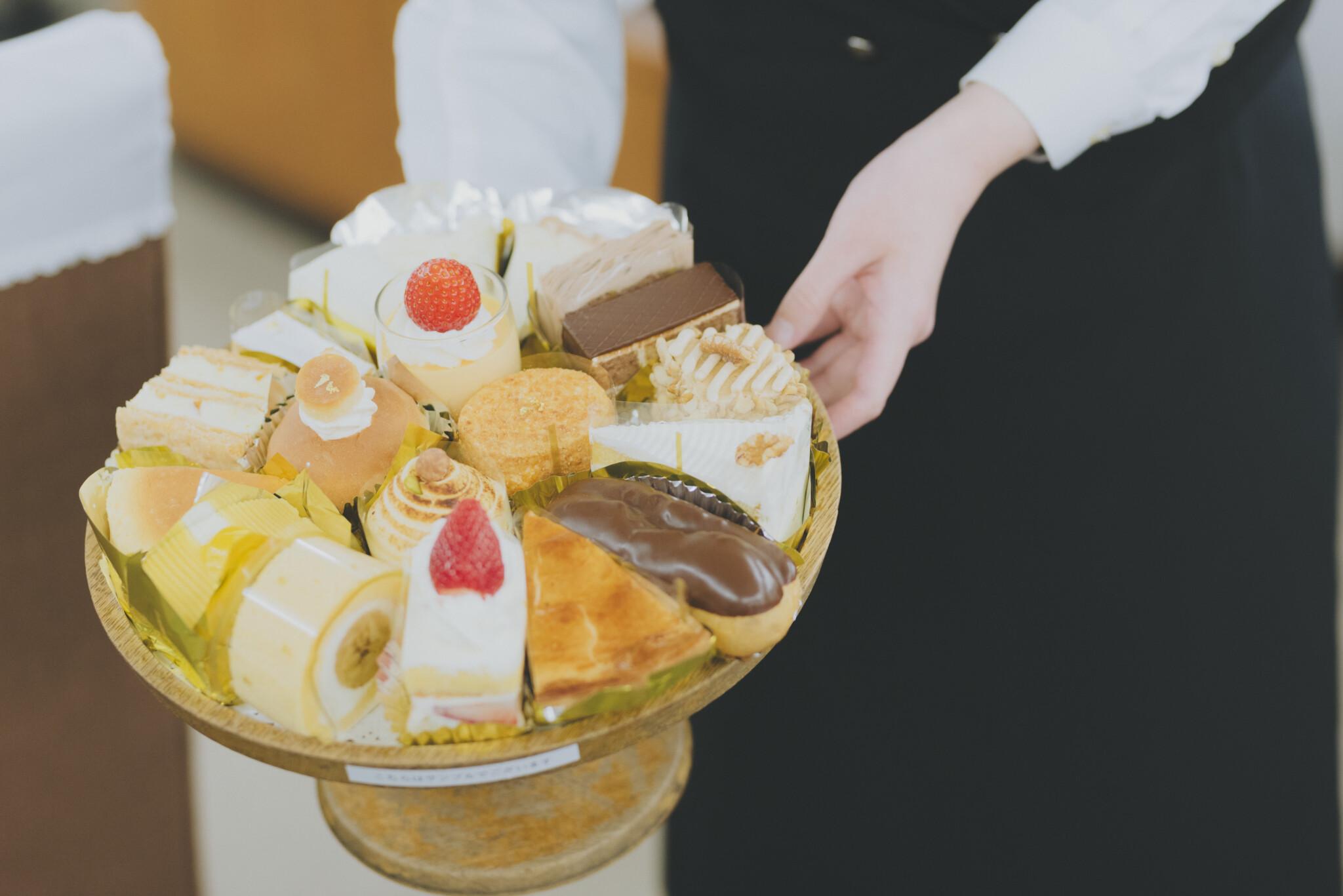 銀座を代表する老舗洋菓子店〈GINZA WEST 本店〉へ。クラシカル雰囲気は大人のティータイムにぴったり。