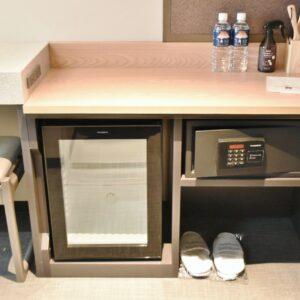 冷蔵庫やセキュリティーボックスも完備。