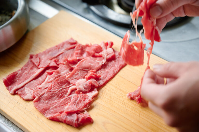 【POINT】お肉はちゃんと広げながら。