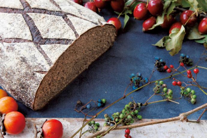 〈タロー屋〉のパン