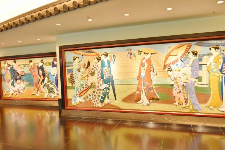 館内には歴史ある装飾が展示され、どれも見ごたえがある。
