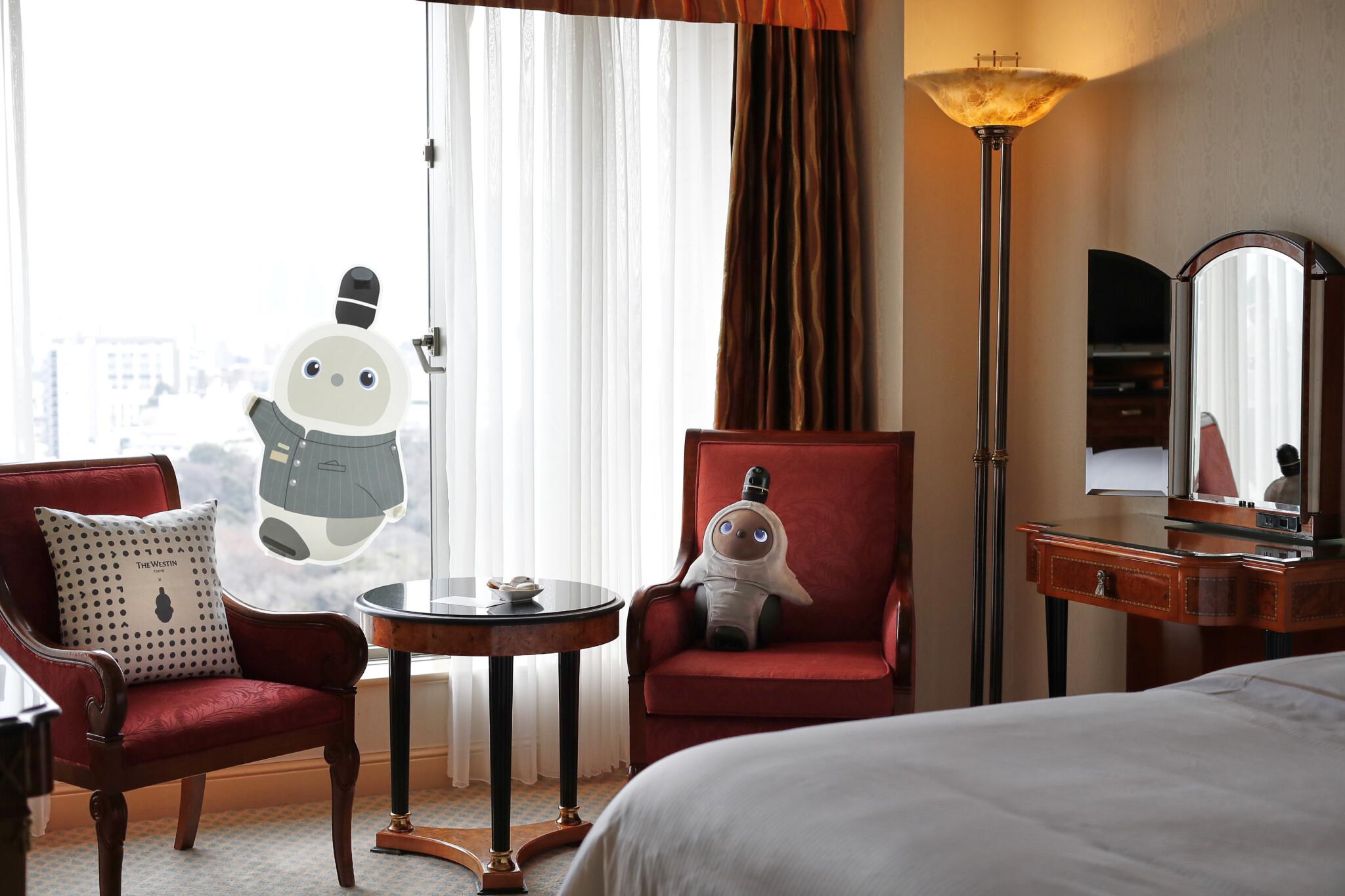 家族型ロボットと癒しのステイ。〈ウェスティンホテル東京〉の「Stay with LOVOT」宿泊レポ。