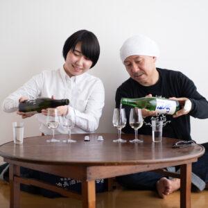 おそろいのワイングラスで飲み比べ!