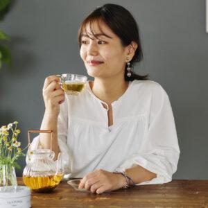 「冷え性なので、1年中温かいものを飲むようにしています」(菅野さん)。