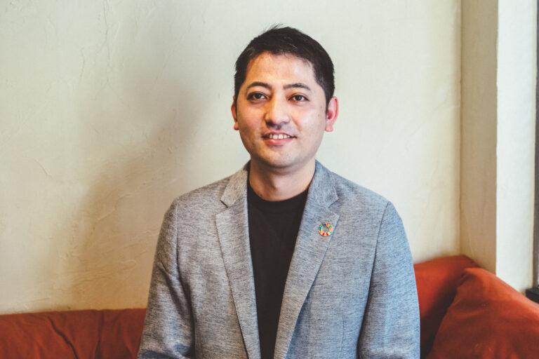 〈バリュードライバーズ〉の代表取締役・佐治(さじ)祐二郎さん
