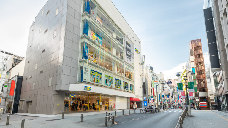 〈IKEA渋谷〉の外観。