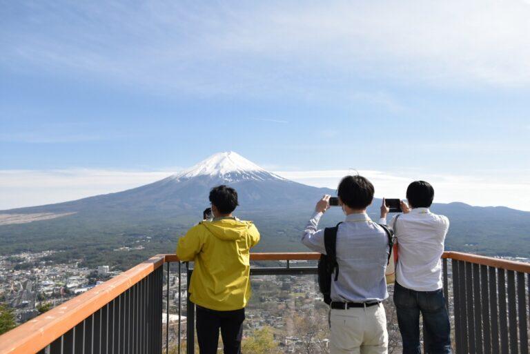 河口湖〈 富士山パノラマロープウェイ〉