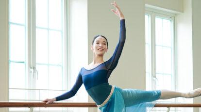 """東京バレエ団のソリスト・金子仁美さんに密着!「""""役をもらって満足""""ではなく、舞台でどう輝くかを大事に。」"""