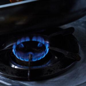 【POINT】弱火で香りを引き出す。