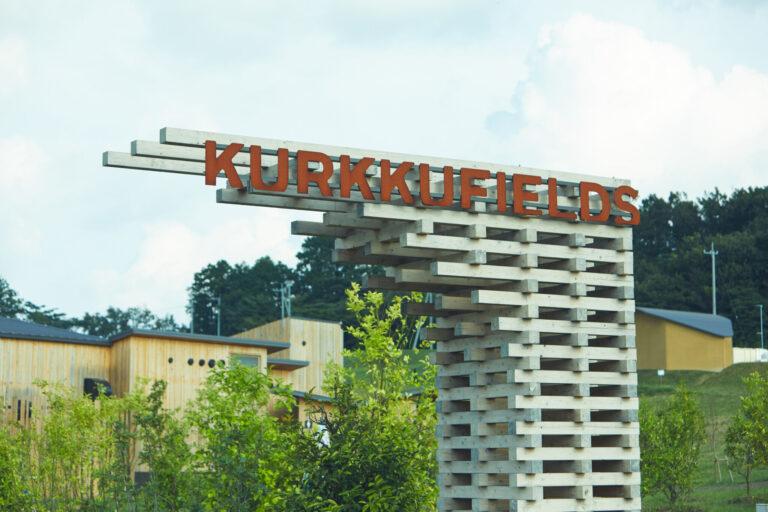 〈クルックフィールズ〉KURKKU FIELDS