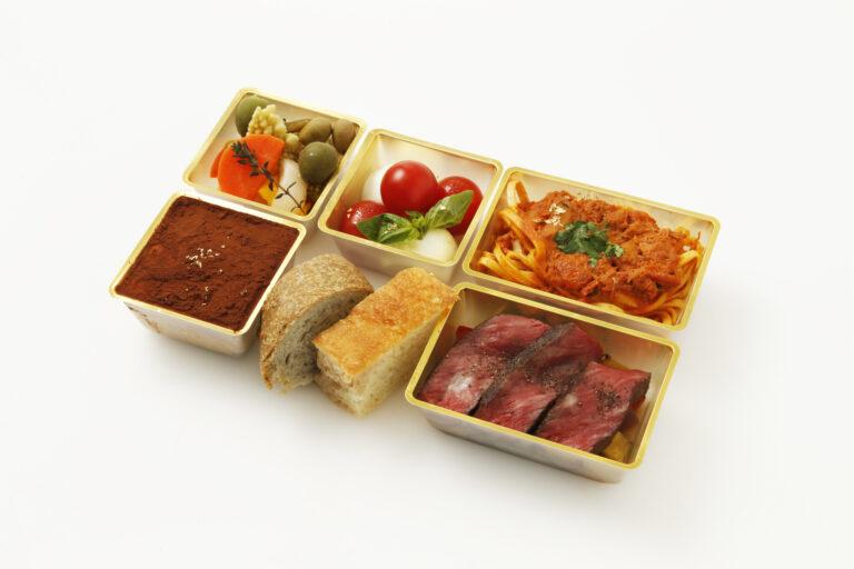 〈リストランテ プリミ・バチ〉の 「特製プリミ・バチ ボックス」