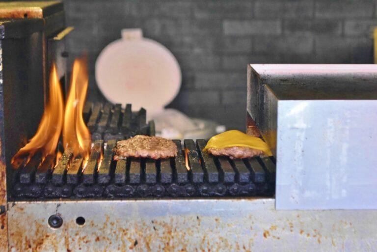 冷えてもおいしく食べられるように温度も調整されているので、テイクアウトでも安心。