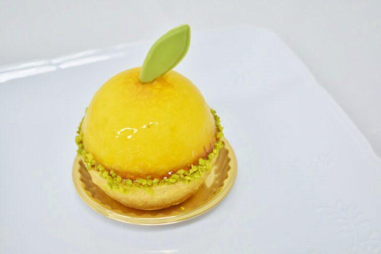 〈マイスターシュトュックユーハイム / エキュート東京〉「レモンのケーキ」594円。