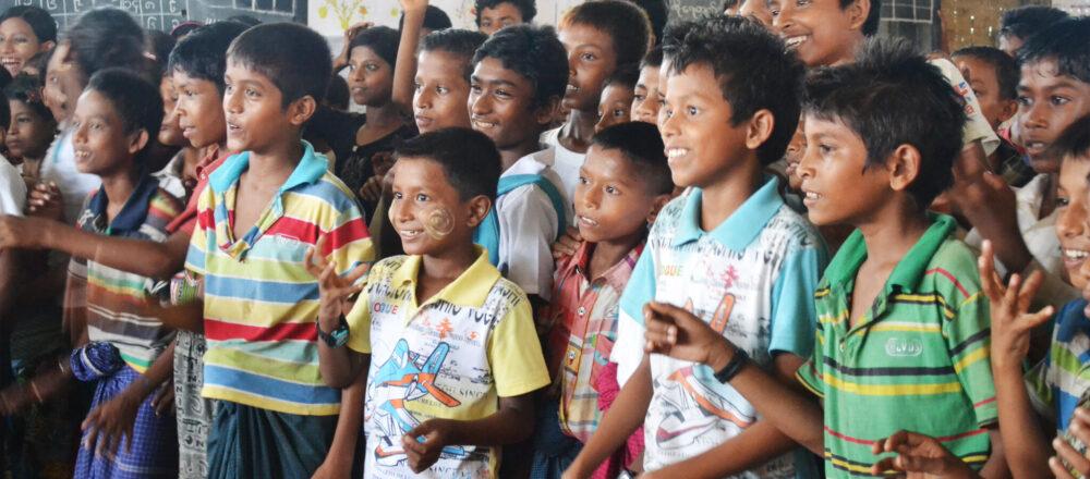 SDGsに貢献できるお金の使い方。vol.1『みんなに良い教育を。』