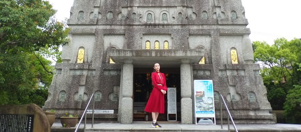 【京都】顕本法華宗の総本山〈妙満寺〉を参拝。インドのブッタガヤ大塔をかたどって健立された「仏舎利塔」は圧巻!