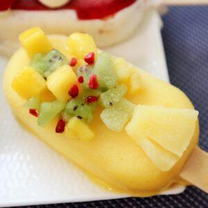 トロピカルなフルーツがたっぷりで夏らしさたっぷり。
