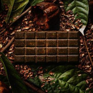 カカオの殻や枝を使用!?廃材から生まれたまったく新しいスイーツ〈ECOLATE(エコレート)〉が誕生。