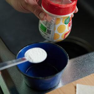 【POINT】結着用ののりは小麦粉と水で。