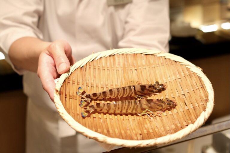 この日は熊本県産の車海老で食べ比べ。