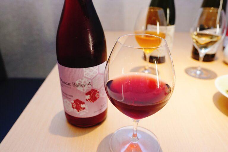 「丹波ワイン 樽熟成(京都)」グラス1杯799円と一緒に楽しみました。