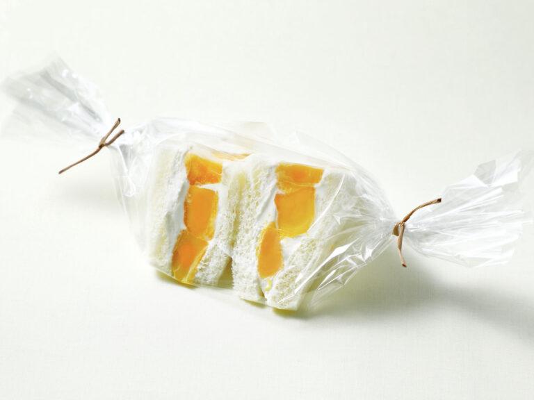 「マンゴーのホイップサンドウィッチ」650円。
