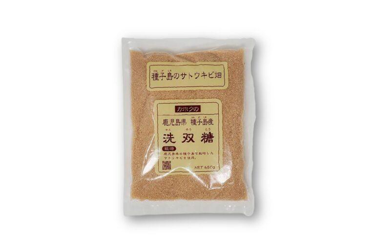 種子島産のサトウキビで作った「洗双糖」450g 378円。カルシウムや鉄分がいっぱい。(鹿北製油   http://shop.kahokuseiyu.co.jp/)