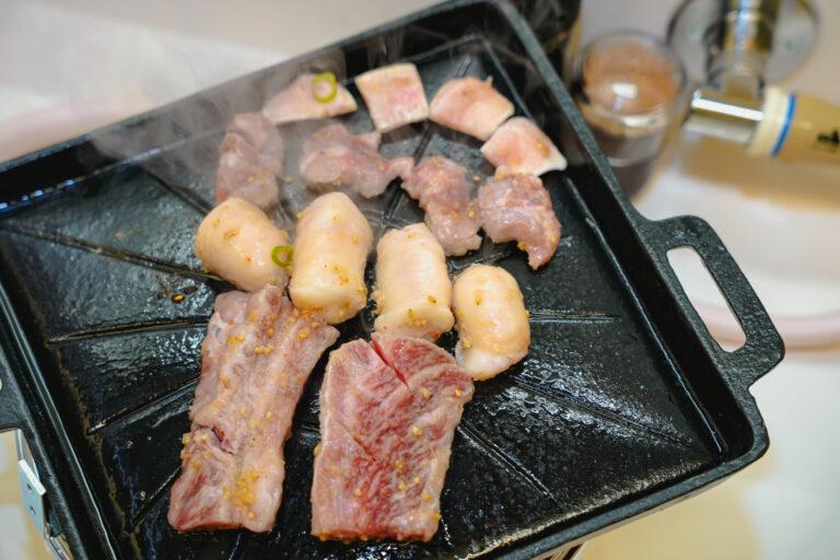 「千葉コース」1人前3,080円(1人前から注文可能。写真は「コク塩」皿の2人前分)。