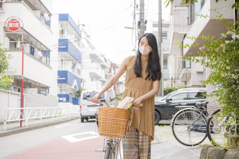 いまの時期なら、お散歩がてら買いに行くのも◎。
