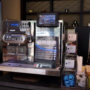 コーヒーやカフェラテはネスプレッソの本格的なマシンを採用。