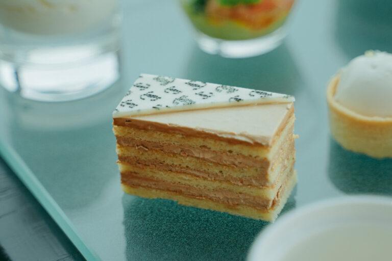 「塩キャラメルケーキ」。