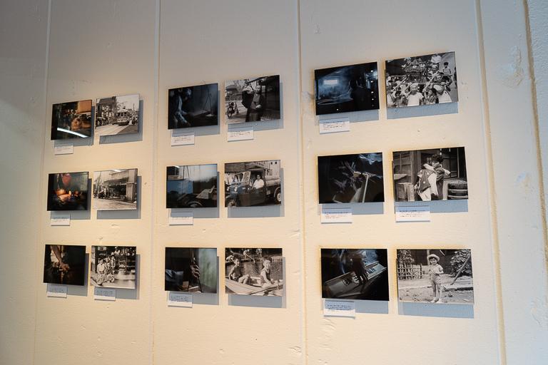 〈明壽庵〉の店内には、3つの老舗が歩んできた道のりが写真展示されています。