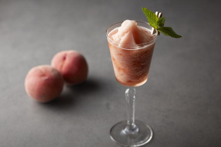 「Peach/Tea」1,320円(税込サ別)。